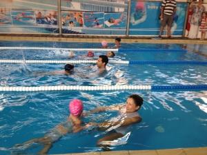 child-swim1
